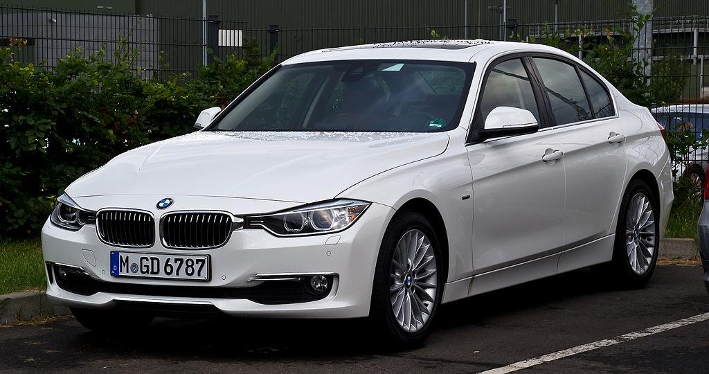 BMW 320d Luxury Line (F30) – Frontansicht, 24. Juni 2012, Düsseldorf