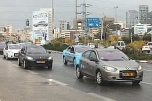 Renault Fluence Z.E. - Parade of Renault Fluence Z.E. electric cars enabled with battery swapping technology to commemorate the first deliveries to Better Place employees in Israel in January 2012.