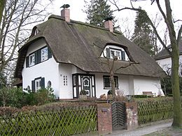 Afbeeldingsresultaat voor Berlin-Dahlem at Reichensteiner Weg 25