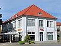 Bad Doberan Alexandrinenplatz Kaufhaus Baudenkmal 2011-08-30.jpg