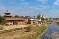 Bagmati ghats (12654043064).jpg