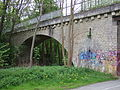 Bahnbrücke über den Mistelbach Bayreuth.JPG