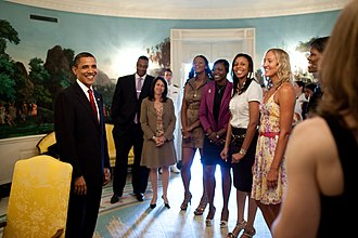 Detroit Shock - President Obama with Detroit Shock in the White House in July 2009