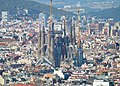 Barcelona Sagrada Familia remote view from Montjuich 01.jpg