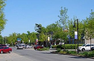 Beaconsfield, Quebec - Beaurepaire Village