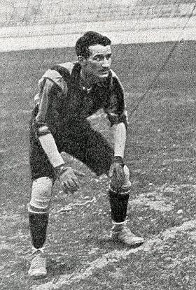 taille Henri Beau (football)