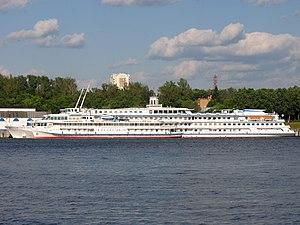 Belinskiy and Sergey Dyagilev in North River Port 9-jun-2012 01.JPG