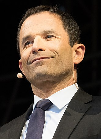 Benoît Hamon - Image: Benoît Hamon place de République plan serré (cropped)