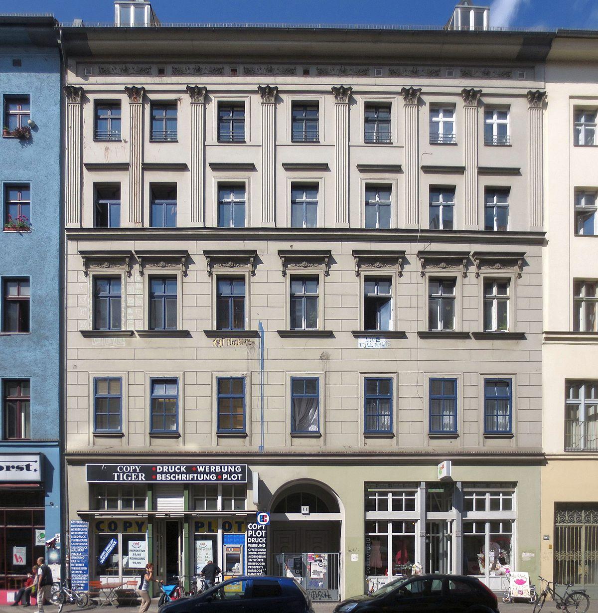 Datei Berlin Kreuzberg Oranienstrasse 44 Mietshaus Jpg