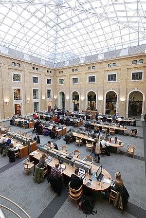Leipzig University Library - Image: Bibliotheca Albertina, Lesesaal West