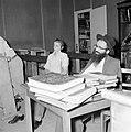 Bijeenkomst in een jesjiva (Talmoedschool), Bestanddeelnr 255-3051.jpg