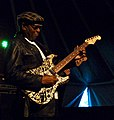 Bnois King guitar at Bluesfestival Kwadendamme 2013.jpg