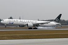 Boeing 777-381-ER, Star Alliance (All Nippon Airways - ANA) AN2078415.jpg
