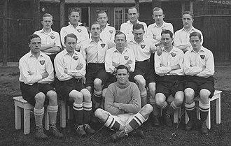 1927–28 KBUs Mesterskabsrække - Image: Boldklubben af 1893 team line up including reserves 1928