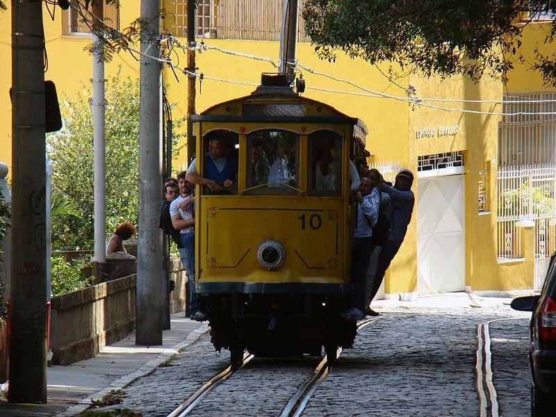 File:Bondinho de Santa Teresa (3725749583).jpg