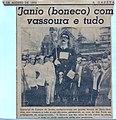 Boneco gigante Jânio Quadros de Alarico Corrêa Leite - recorte de jornal A Gazeta.jpg