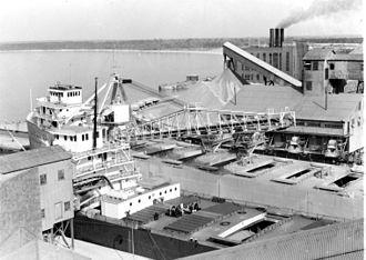 SS Carl D. Bradley - Bradley and Myron C. Taylor at Michigan Limestone in 1942