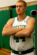 Brian Scalabrine of the Boston Celtics at NBA Media Day 2007.png