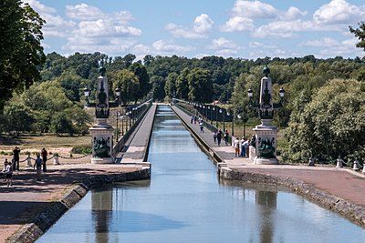 Briare - Pont Canal.jpg