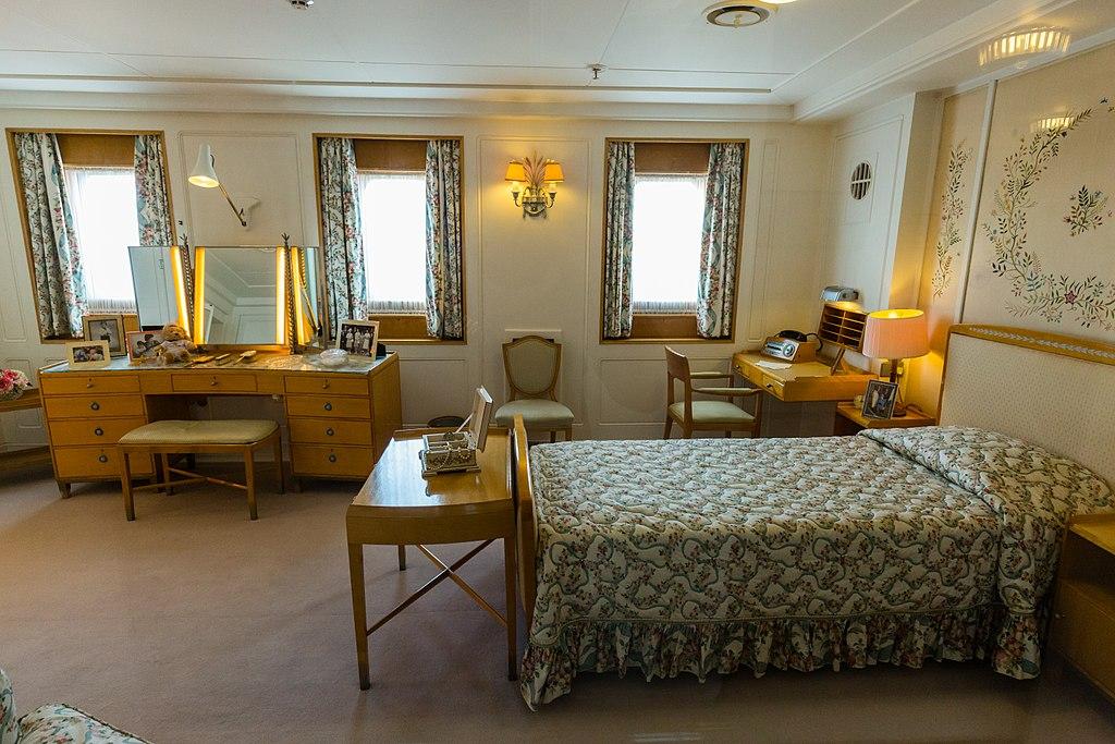 Datei:Britannia - Schlafzimmer Queen.jpg – Wikipedia