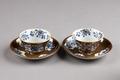 Bruna kinesiska porslins koppar gjorda under Qianlong (1735-1795) - Hallwylska museet - 95738.tif