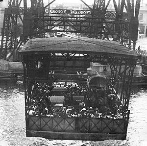 Puente Transbordador - Image: Buenos Aires Puente Transbordador Nicolás Avellaneda en 1932