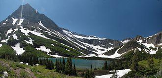 Mount Grinnell - Image: Bullhead Lake s 01