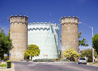 Leeton, New South Wales - Burley Griffin Water Towers