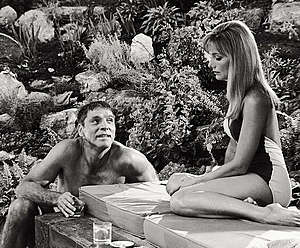 The Swimmer (1968 film) - Burt Lancaster and Barbara Loden in an unreleased scene from The Swimmer