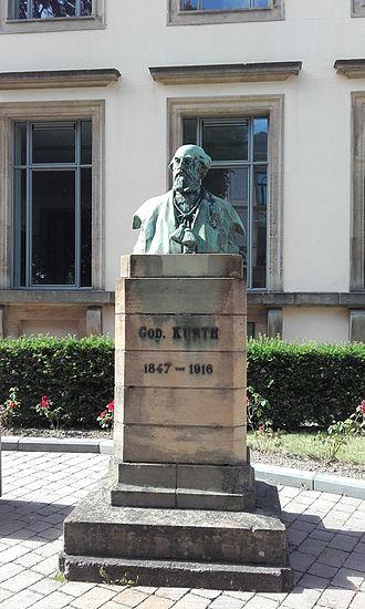 Godefroid Kurth - Monument in Arlon