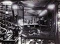 COLLECTIE TROPENMUSEUM Centrifugebatterij in de suikerfabriek Ketegan Soerabaja TMnr 60052491.jpg