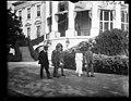 Calvin Coolidge and family outside White House, Washington, D.C. LCCN2016892601.jpg