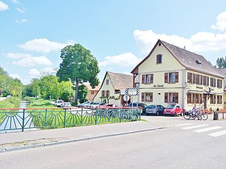 Canal de la Bruche - Image: Canal de Bruche, Restaurant Au Canal