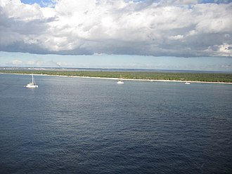 Catalina Island (Dominican Republic) - Northern part of Catalina Island, with La Romana Province in background