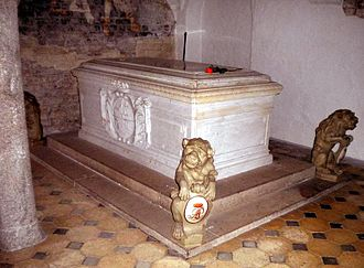 Charles Frederick, Duke of Holstein-Gottorp - Charles Frederick's grave at Bordesholm