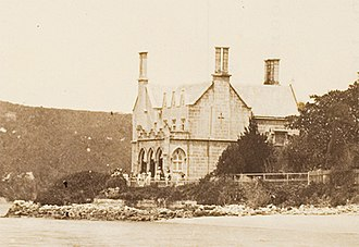 Carthona, Darling Point - Carthona, Darling Point, circa 1870 before the 1880s extensions at the back were made