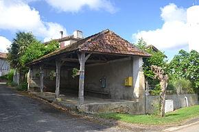Castelnavet - halle.JPG