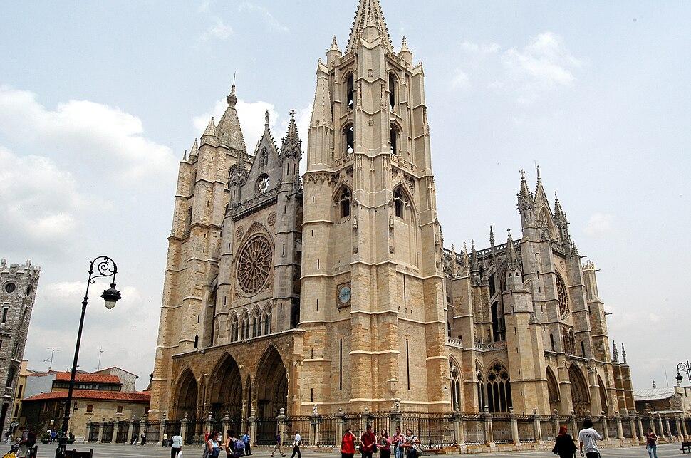 Catedral de León vista clásica