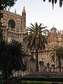 Catedral en la ciudad de Sevilla.JPG