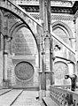 Cathédrale Notre-Dame - Façade nord, arc-boutant vu de profil, à l'est du transept - Paris 04 - Médiathèque de l'architecture et du patrimoine - APMH00014099.jpg