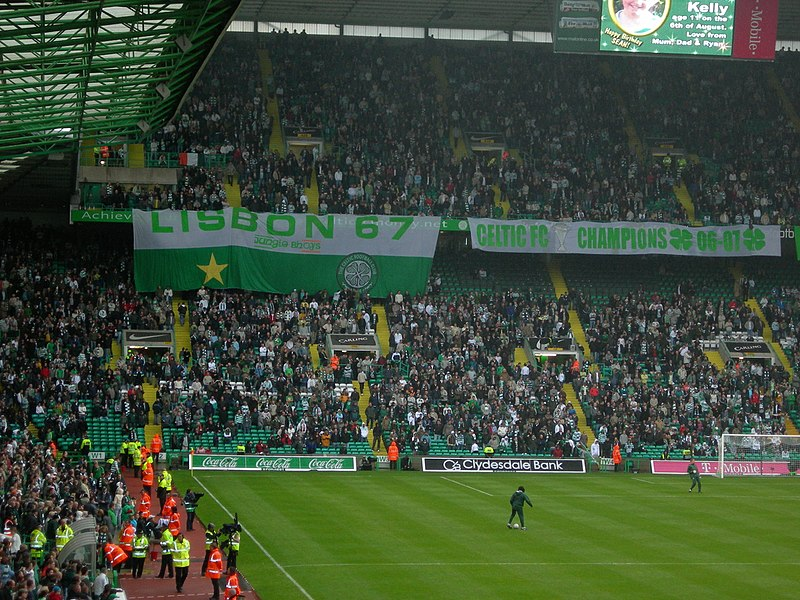 File:Celtic FC fans Lisbon 67.jpg
