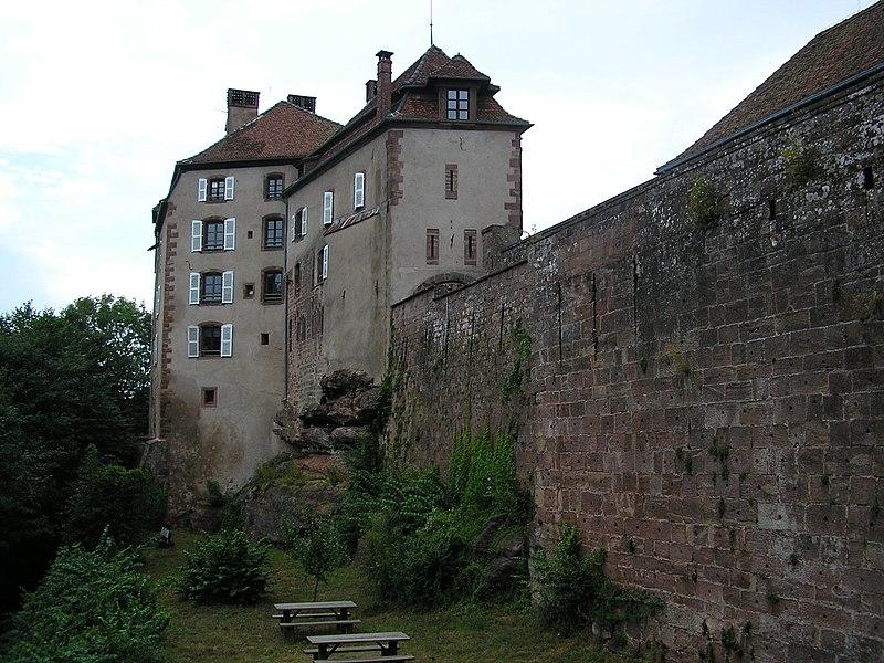 Burg Lützelstein in La Petite-Pierre (Elsass) - Chateau de La Petite Pierre