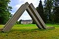 Château de Kerguéhennec - arrière du domaine.jpg