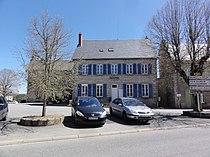 Charensat (Puy-de-Dôme) mairie.JPG