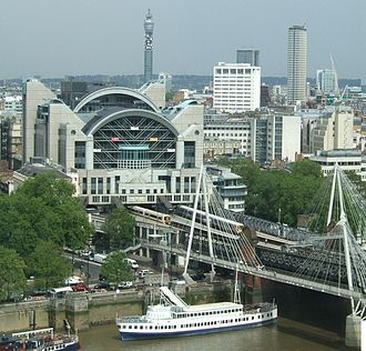 Charing Cross railway station - Approach tracks across the River Thames