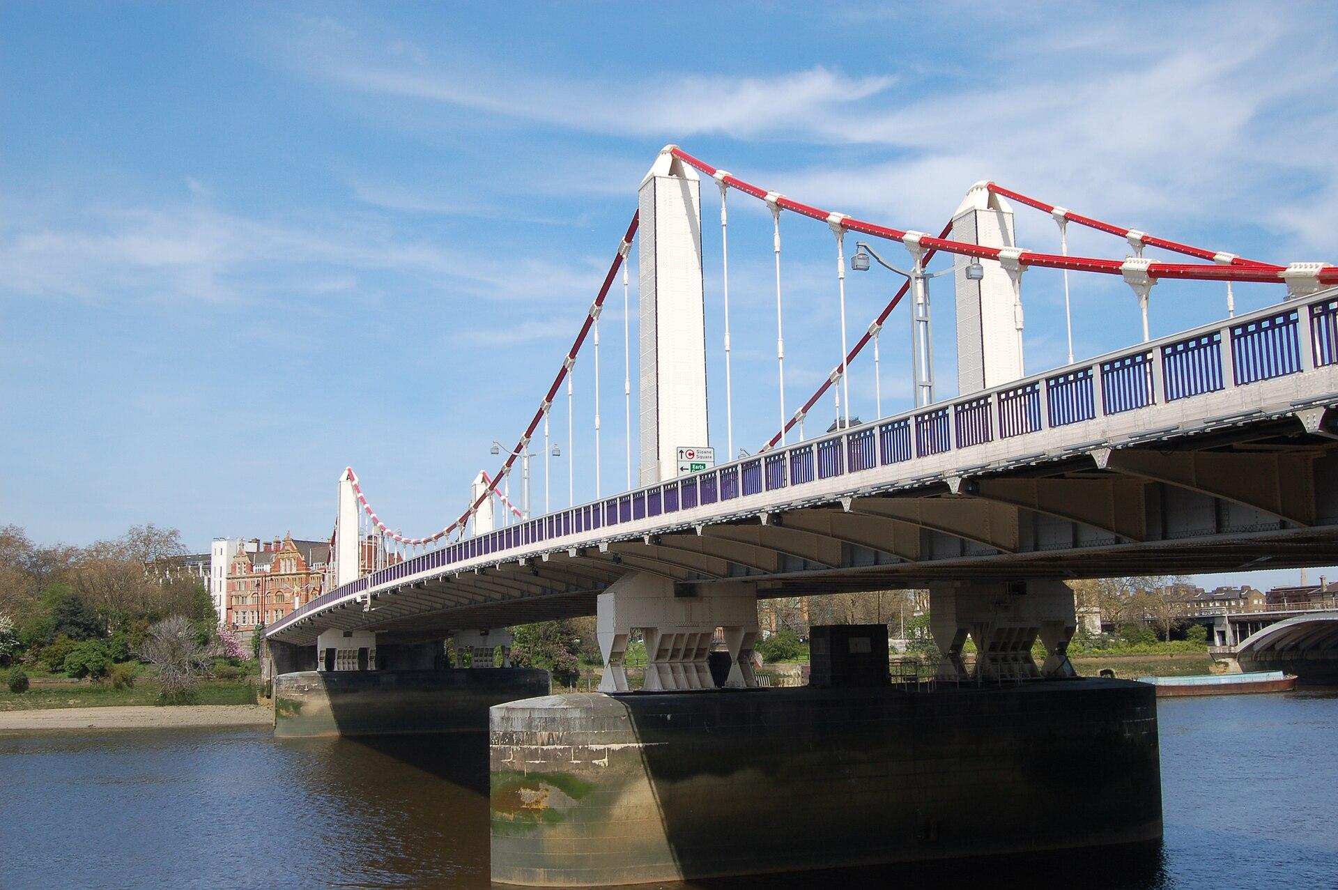 Chelsea Bridge - Wikipedia