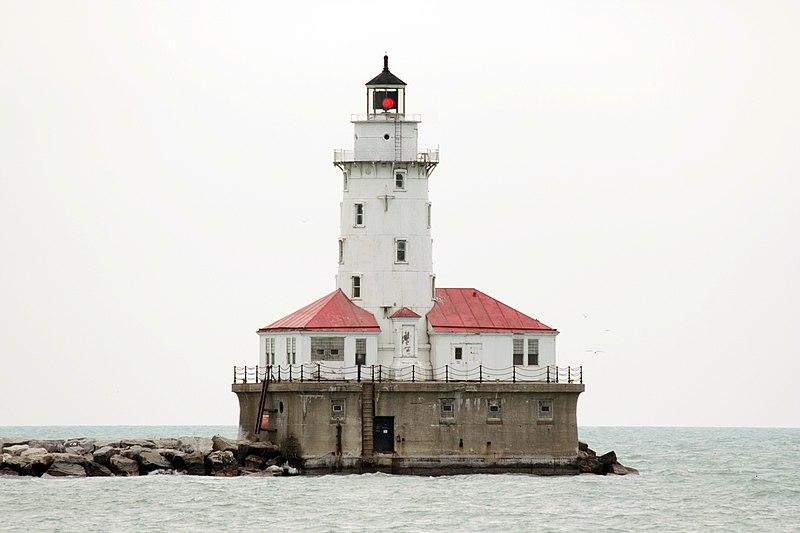 File:Chicago Harbor Lighthouse.jpg