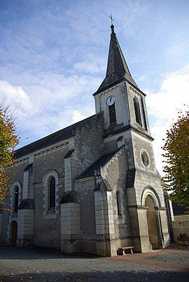 Church of Saint-Michel-sur-Loire.jpg