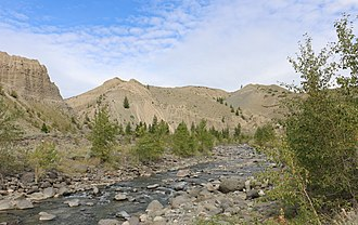 Churn Creek - Churn Creek, near its mouth on the Fraser River