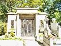 Cimitirul Bellu 41.jpg